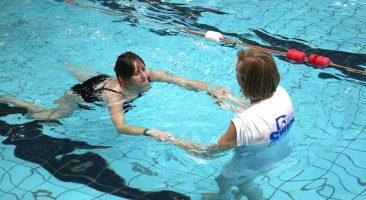 Vaditelj plavanja